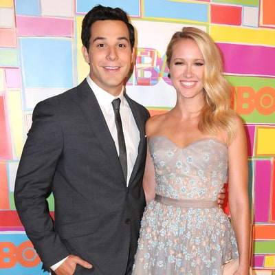 Anna Camp and Skylar Astin Share Their Cute Honeymoon Photos from Italy