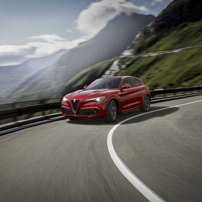 First Look: The Alfa Romeo Stelvio, a Luxury SUV for Drivers