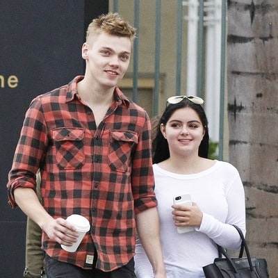 Ariel Winter Kisses Levi Meaden, Holds His Hand After Celebrating Friendsgiving