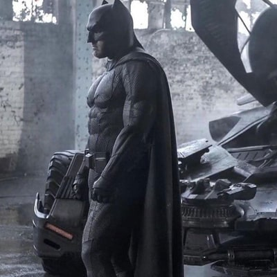 Ben Affleck's Batman Cracks Jokes and Throws Things in First 'Justice League' Footage