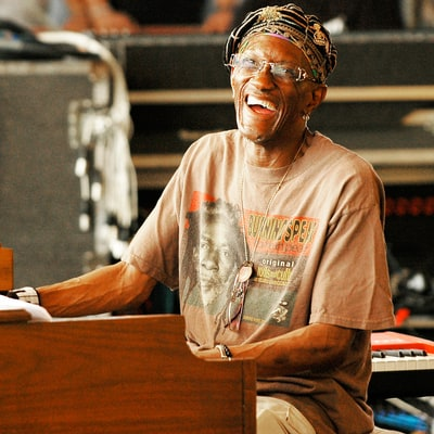 Bernie Worrell Dead: Parliament-Funkadelic Cofounder Loses Battle to Lung Cancer at 72
