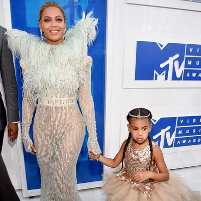 Beyonce, Blue Ivy Melt Our Hearts on the MTV VMAs 2016 Red Carpet