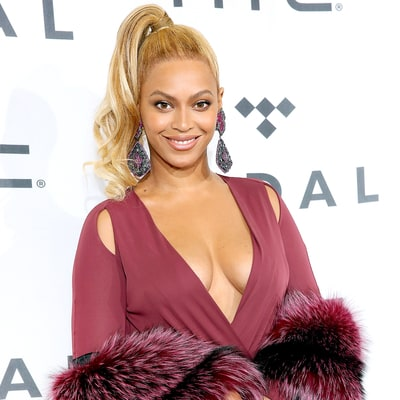 "Beyonce Is Taking Acting Classes, ""Looking for an Iconic Dramatic Role"""