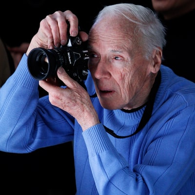 Bill Cunningham Dead at 87: 'New York Times' Fashion Photographer Dies After Suffering a Stroke