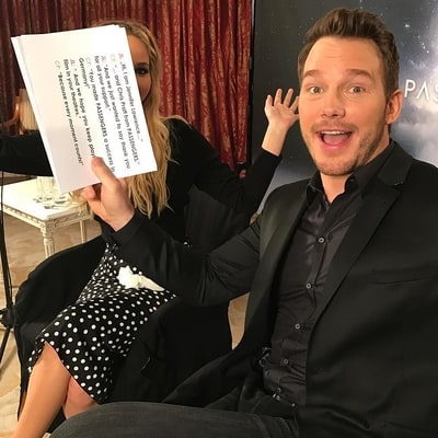 Chris Pratt Keeps Cropping Jennifer Lawrence Out of Pics and It'll Never Get Old