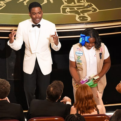 Chris Rock Sells His Daughters' Girl Scout Cookies at Oscars 2016: See Matt Damon and Christian Bale Dig In!