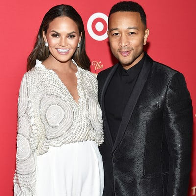 Chrissy Teigen Takes Daughter Luna to Meet Santa for First Time