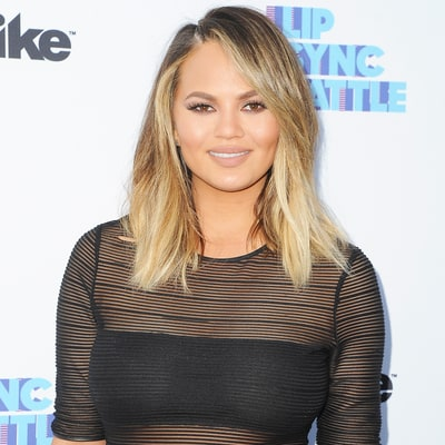 Chrissy Teigen Snaps Close-Up Photo of Her Stretch Marks: 'My Thighs Have Tributaries'