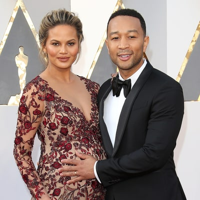 Chrissy Teigen Gives Baby Luna a Bath, Is Overwhelmed by Cuteness: 'My Heart, It Hurts'