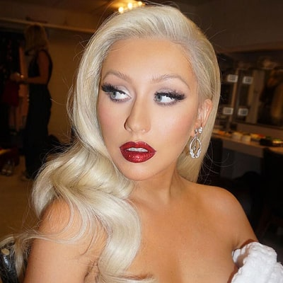 Christina Aguilera Ditches Red Hair, Goes Back to Blonde: See the Photo