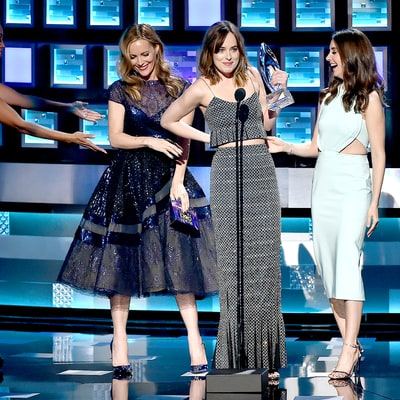 Here's Everything You Missed From the 2016 People's Choice Awards: Watch!