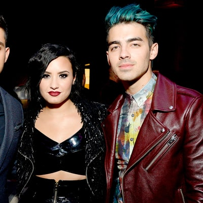Joe Jonas and Demi Lovato Have a 'Camp Rock' Reunion, Perform 'Gotta Find You'