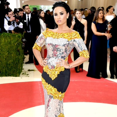 Met Gala 2016: Demi Lovato's Sequined Dress Had Nothing to Do With the Manus x Machina Theme