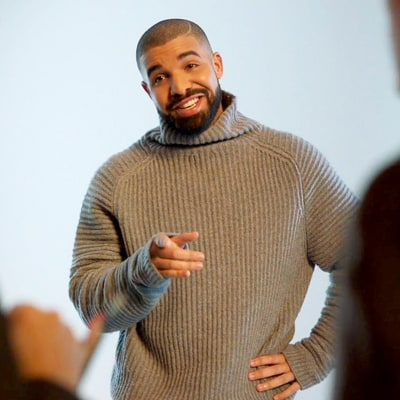 Drake's Super Bowl 50 Ad for T-Mobile Spoofs His 'Hotline Bling' Video
