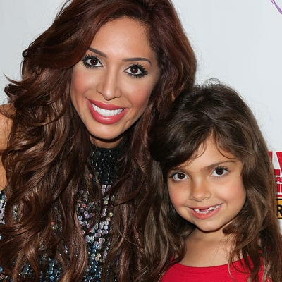 Farrah Abraham's Daughter Sophia Screams in Surprise as She Unwraps Her Christmas Present: Watch