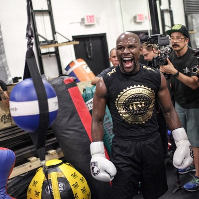 Floyd Mayweather: 'I Feel Like I Owe Fans' for Disappointing Manny Pacquiao Fight