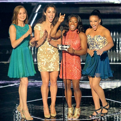 The Final Five Gymnasts, Minus Gabby Douglas, Get Heroines' Welcome at the 2016 MTV VMAs