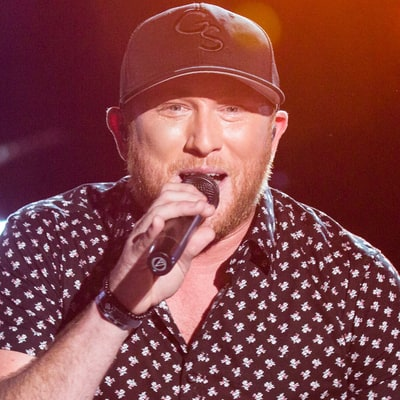 Watch Cole Swindell Get Dumped in 'Middle of a Memory' Video