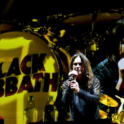 See Black Sabbath's Emotional 'Paranoid' From Final Concert