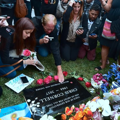 Fans Mourn, Remember Chris Cornell at Public Memorial Service
