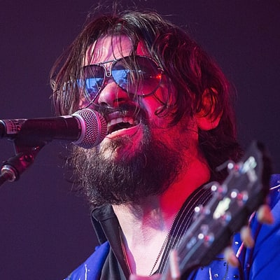 Shooter Jennings Announces Black Country Rock Tour With Julie Roberts