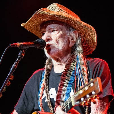 Willie Nelson Details New LP From 'Willie's Stash'