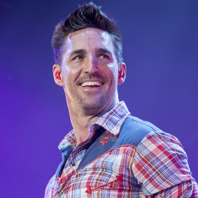 Jake Owen Readies Career-Spanning 'Greatest Hits' Album