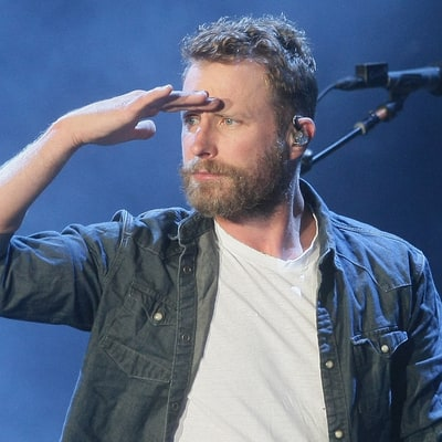 Dierks Bentley to Receive Radio Humanitarian Award