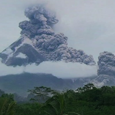 What We Learned from Werner Herzog's New Movie About Volcanos