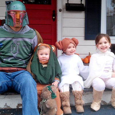 Meet the Hilarious Dad Who Turned His Kids' Antics Into Twitter Fame