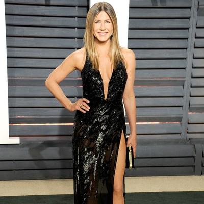 Jennifer Aniston Wearing $10 Million in Diamonds Is Oscar Perfection ...  Jennifer Aniston
