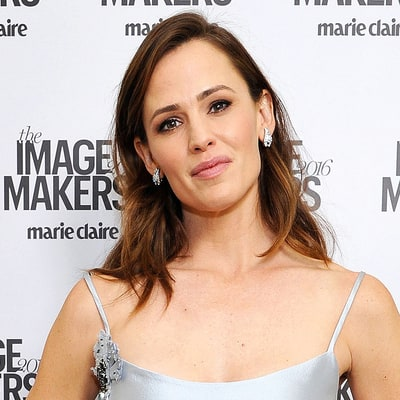 Jennifer Garner Calls Her Hairstyle 'Mussed-up, Undone, Mom-Chic'