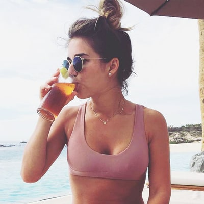 Jessie James Decker Proudly Shows Off Her 'Loose Mommy Skin' in a Bikini