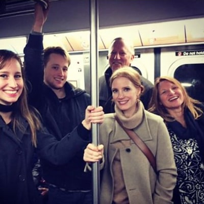 Jessica Chastain Rides New York Subway With Family, Blends Right in