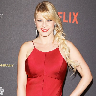 Fuller House's Jodie Sweetin Has Signed on to ABC's 'Dancing With the Stars' Season 22