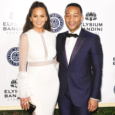 Chrissy Teigen Blasts Paparazzo for Racial, Anti-Semitic Slurs: Read Her Tweets From Airport Encounter