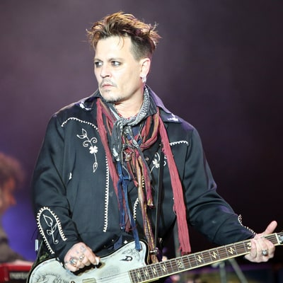 Johnny Depp Performs at Rock in Rio Lisboa After Amber Heard's Domestic Violence Allegations