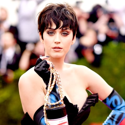 Katy Perry 'Might Just Wear a Diaper' to the 2016 Met Gala Because Her Dress Is That Big