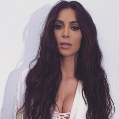 Kim Kardashian Shows Off Her Toned Booty in Racy Snapchat Videos