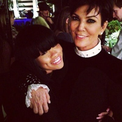 Kris Jenner, Blac Chyna Hug It Out in Resurfaced Pic After Kylie Jenner, Rob Kardashian Reconcile
