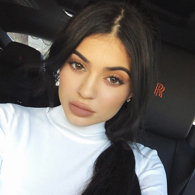 Kylie Jenner Hints at Opening a Makeup Store
