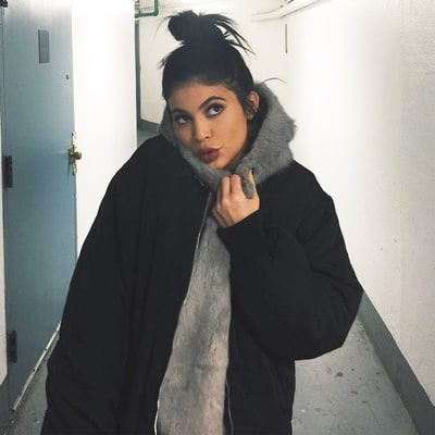 Kylie Jenner's Topknot Tutorial Includes 12 Separate Steps