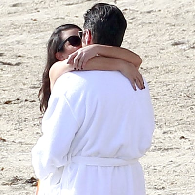 Lea Michele Makes Out With John Stamos on 'Scream Queens' Set: Pictures
