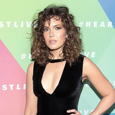 Mandy Moore's Stylist Explains How to Get Her 'Flashdance'-Inspired Curls