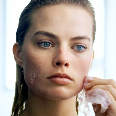 Margot Robbie's Beauty Routine Includes Placenta Toner and Cold Spoons