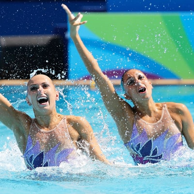 Here's the No-Budge Lipstick Team USA's Synchronized Swimmers Wear in the Pool