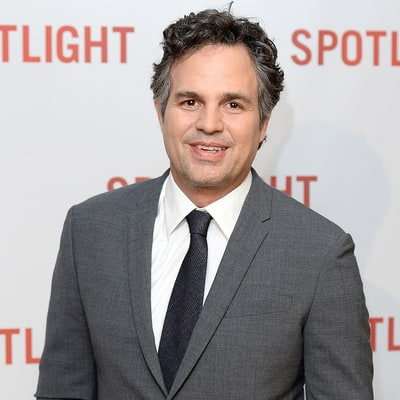 Mark Ruffalo Loses Phone and Wallet, Twitter Helps Him Find Them — for the Second Time!