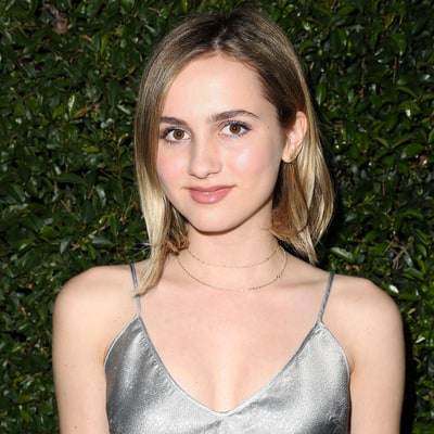 A Very Orange Maude Apatow Shares Her Spray Tan Nightmare