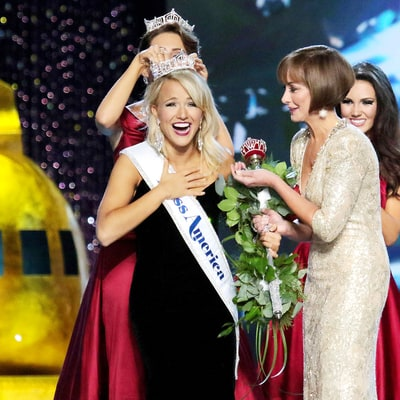 Miss Arkansas Savvy Shields Wins Miss America 2017 After Odd Hillary Clinton–Donald Trump Response