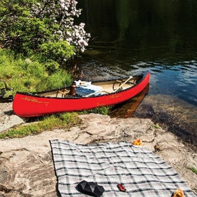 11 Must-Haves for a Day on the Lake